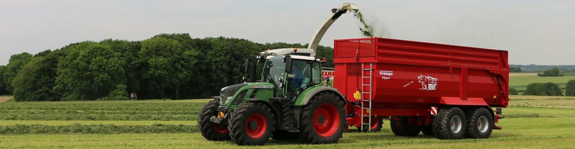 Krampe trailer Fendt tractor grass silage