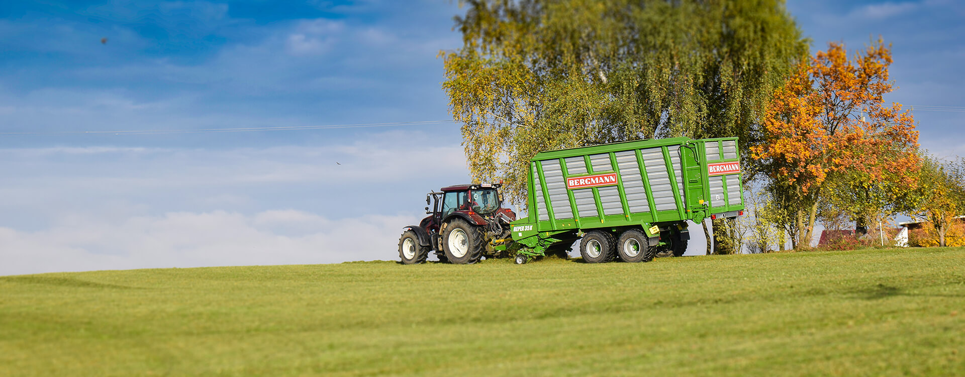 Forge wagon and tractor grass silage