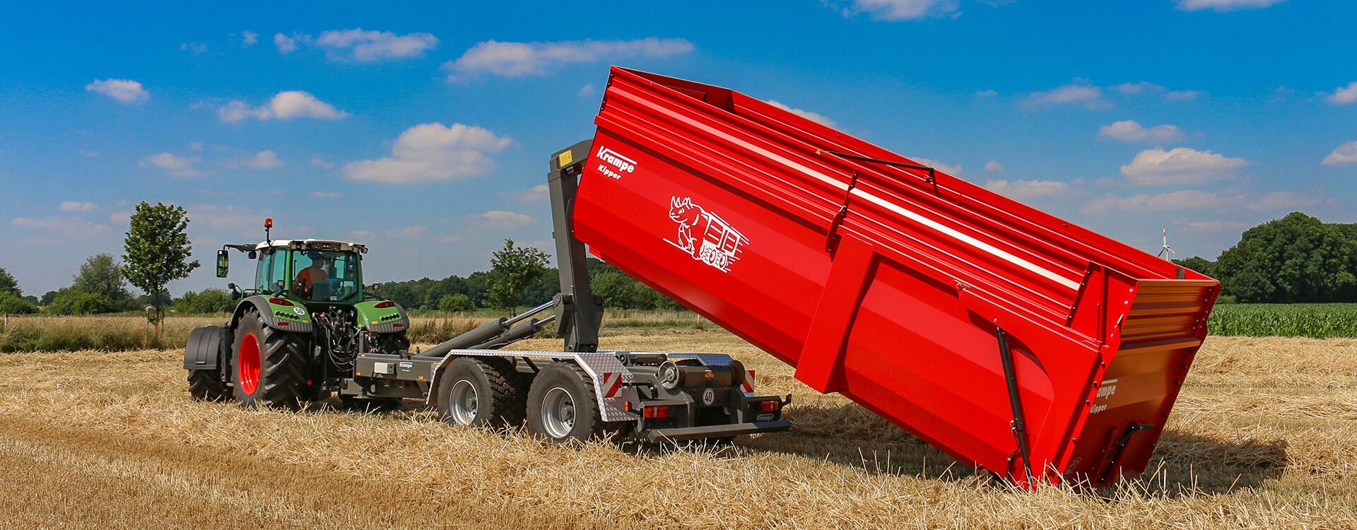 Hooklift trailer lifting body harvest fendt tractor