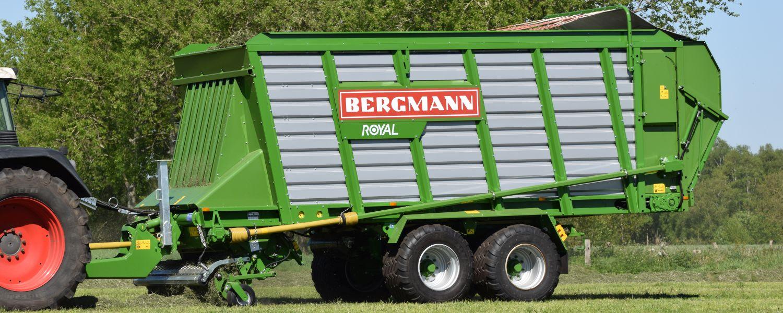 Bergmann royal harvesting grass for silage