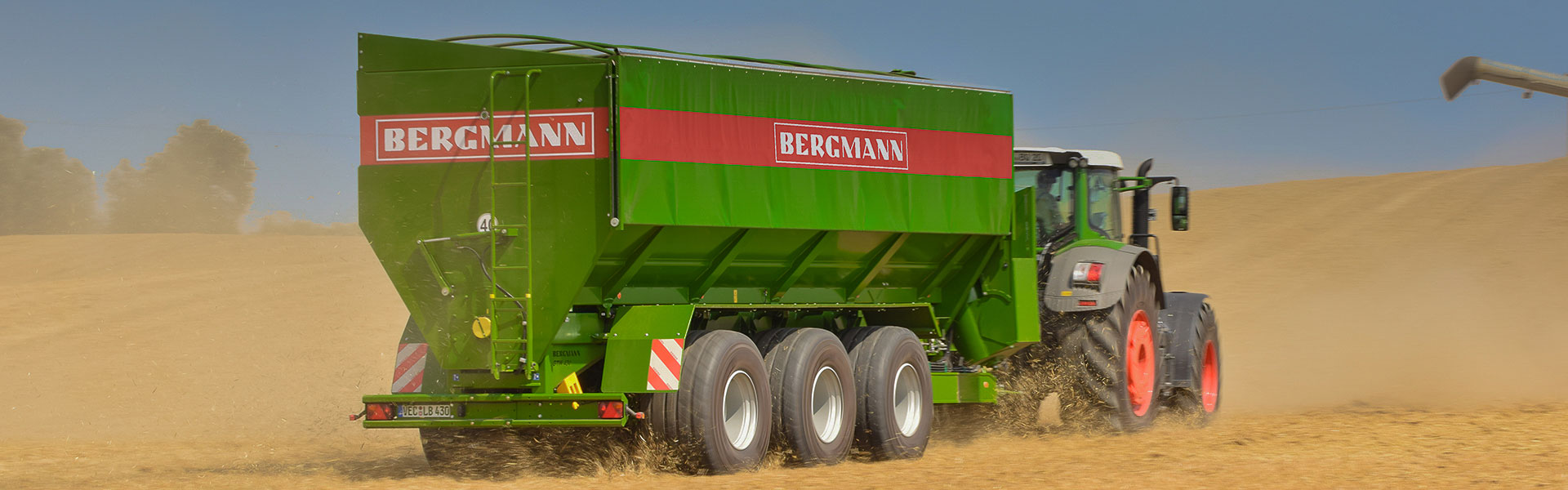 fendt and bergmann harvest action image