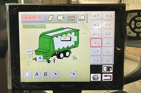 ISOBUS controls forage wagon