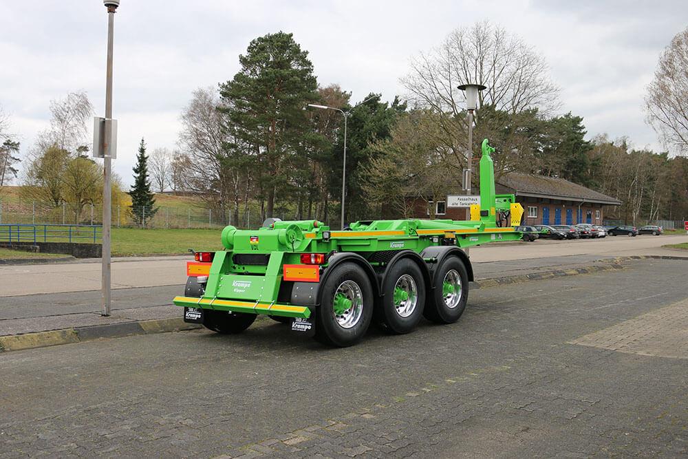 Green semi trailer hooklift trailer krampe
