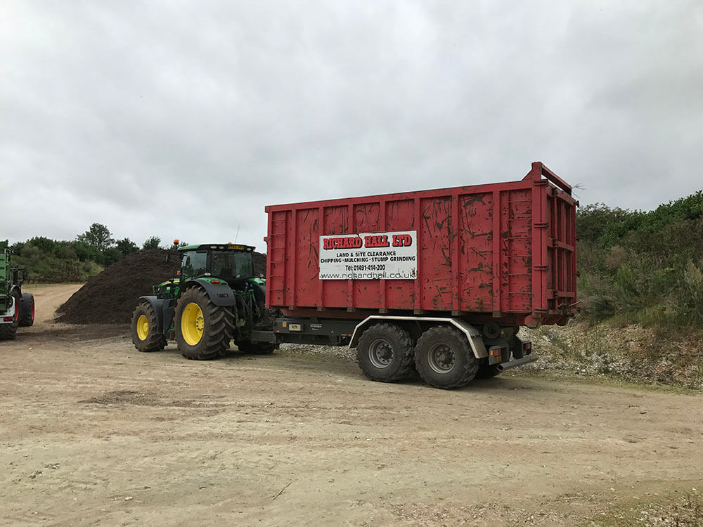 tandem axle hooklift trailer with CHEM body