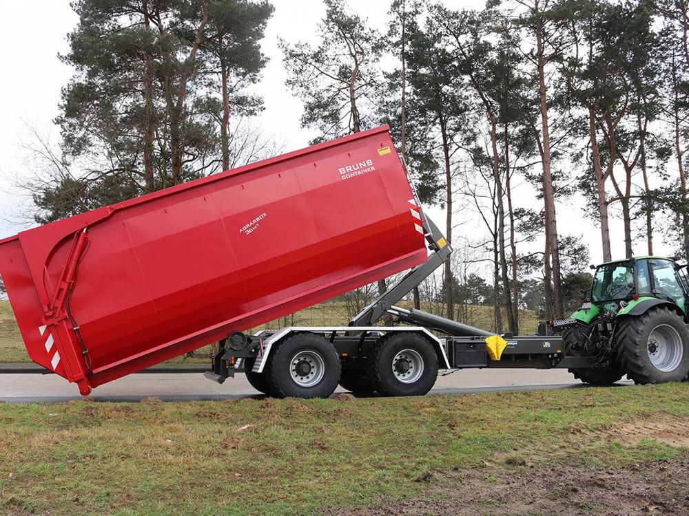loading Krampe Hooklift trailer